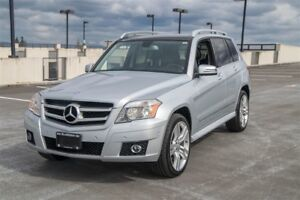 2010 Mercedes-Benz GLK-Class Loaded SUV, Clean Leather.