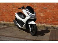 Honda PCX 125 *ONLY 6000 MILES * *MINT CONDITION* NOT PS SH FORZA S-WING T-MAX X-MAX VESPA