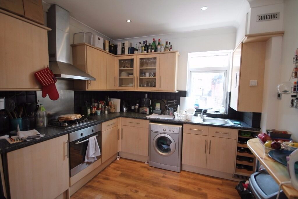 Superb value for your money. 2 Double Bed Modern Maisonette set over 2 floors.