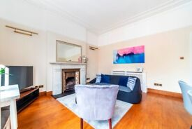 Lovely three bed room flat to rent in West Kensington. 3 bedrooms, 1 reception, 2 NEW bathrooms