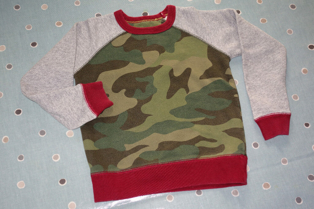 e0ba835ce1475 Mini Boden Boys Long Sleeve Raglan Top