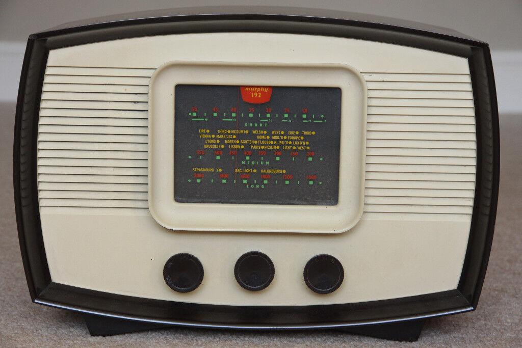 Vintage Murphy A192 valve radio