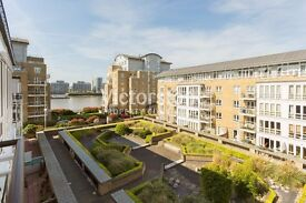 STUNNING ONE DOUBLE BEDROOM IN MODERN CONCIERGED RIVERSIDE DEVELOPMENT IN CANARY WHARF