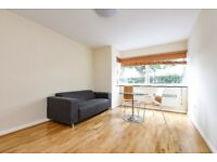 A spacious and well presented studio flat to let close to Clapham Common, located on Sudbrooke Road.