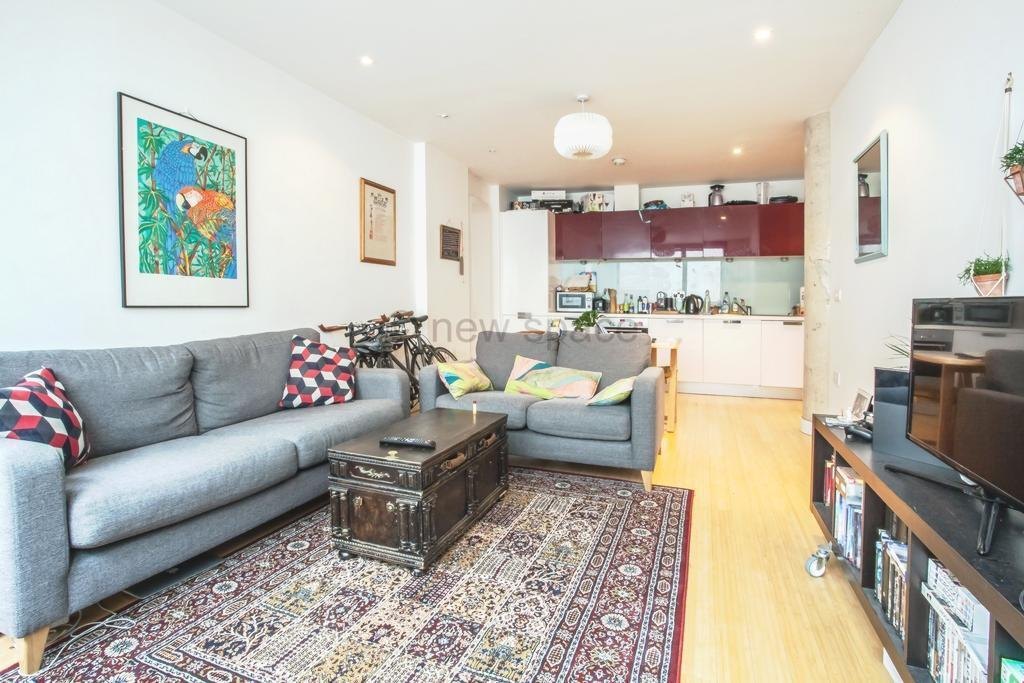 2 bedroom flat in Soda Studios, Kingsland Road, Haggerston, E8