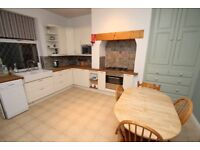 Double Room to Rent - Morley - Professional - All Bills Inc