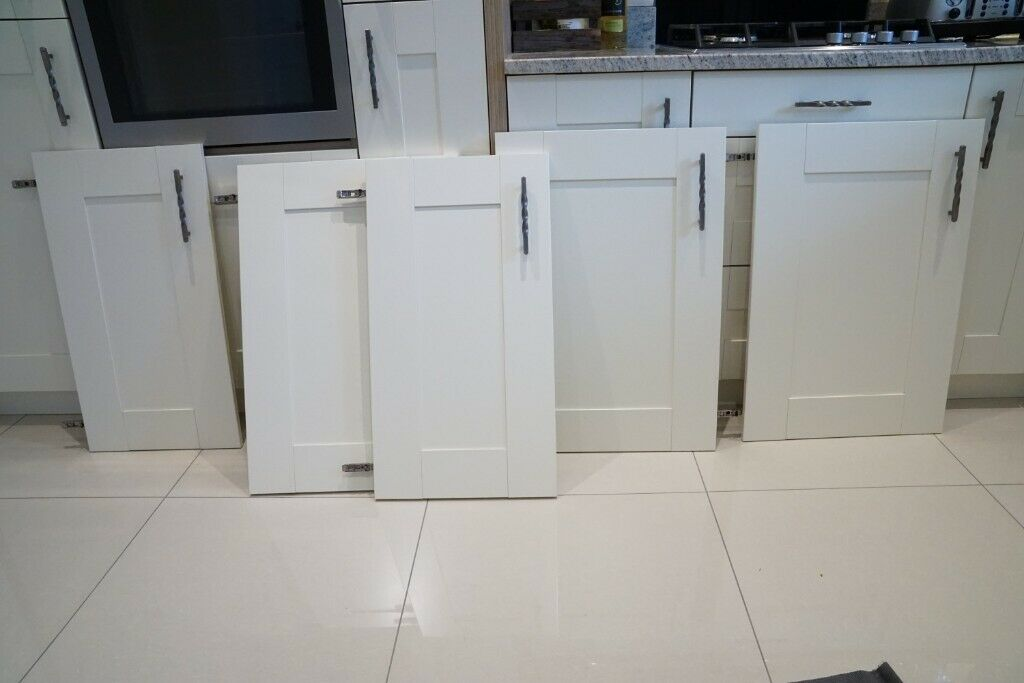 Pleasant Kitchen Cupboard Doors Moores Cream Shaker Style X5 Doors Great Condition In Hamilton Leicestershire Gumtree Download Free Architecture Designs Scobabritishbridgeorg