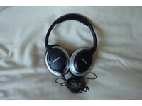 Bose AE2i Headphones For Sale. Great quality Noise Cancelling Bose Headphones.