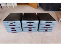 Storage units with 4 drawers