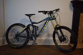 2014 Giant Glory 1 DH bike