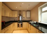 Modern 2 Bedroom Flat located just off Brent Street in Hendon