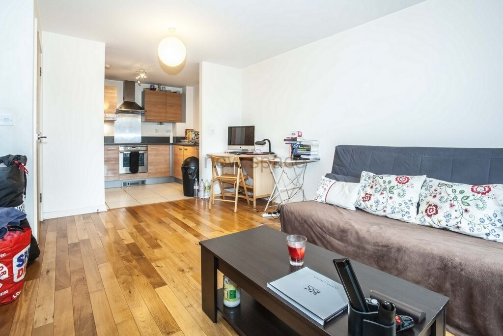 2 bedroom flat in Lock Building, High Street, Stratford, E15