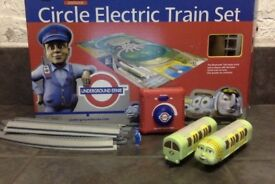 CIRCLE LINE TRAIN SET