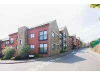 Regency Court Sheffield - Bright modern two bedroom one bathroom flat with secure parking