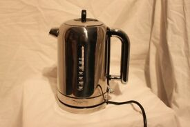 BOXED DUALIT CLASSIC KETTLE in polished steel used once looks brand new