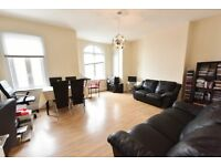 Come and view this fantastic and spacious 1st floor 2 bed conversion flat to let in East Dulwich.