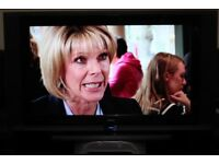 "32"" GOODMANS LD3265D1 HD LCD TV WITH BUILT IN FREE VIEW IN GREAT CONDITION."
