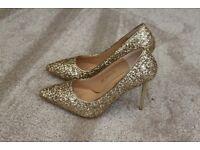 Brand New - Sparkly Sequin Stiletto High Heels - Gold