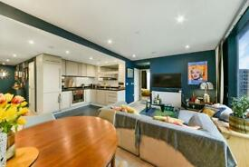 2 bedroom flat in The Strata, Elephant & Castle, London SE1