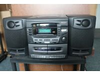 Matsui Hi-Fi System with speakers