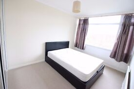 Lovely Room for rent in SOUTH WEST LONDON near Putney Richmond Barnes BILLS INCLUSIVE NO FEES TO PA