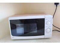 Sainsbury's Basic Microwave for Sale