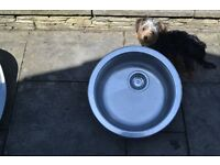 STAINLESS STEEL SINK CIRCULAR GOOD CONDITION