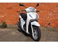 Honda sh 125 **Only 2000 Miles** Years MOT   NOT ps pcx s wing Forza CBF Yamaha nmax tmax