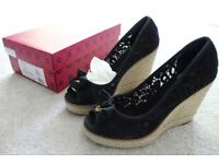 Tory Burch Jackie 110mm wedge in Black, with box. Size 7.5