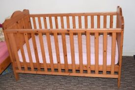 Baby & Toddler cot bed + Matress