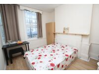 great and cheap room on Commercial Road!