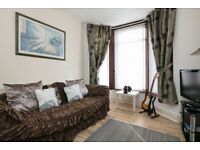 2 BEDROOM COMFORTABLE HOUSE, 2 RECEPTION ROOMS, WiFi, FULLY FURNISHED , CLOSE TO ASDA