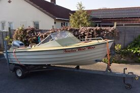 Classic motorboat - ready to go!