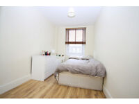 2 double bedroom flat in New Cross, superbly located within easy reach of New Cross station and Uni