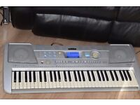 YAMAHA PSR-290 KEYBOARD WITH POWER ADAPTER CAN BE SEEN WORKING