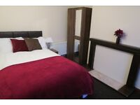 PROFESSIONAL DOUBLE ROOMS AVAILABLE IN COWLEY NOW!