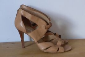 Minelli Designer Heels. Size: 40 (UK 6.5).