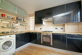 DRAYTON AVENUE, Ealing, W13. One Bedroom Apartment to let with allocated parking space.