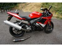 Yamaha R6 Red Motorbike - Excellent condition