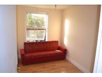 Newly refurbished 1 bedroom flat+Lounge move immediately in the heart of Caning Town & Stratford