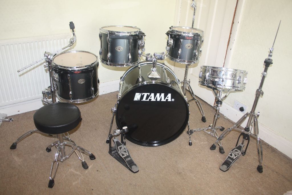 Tama Rockstar Vintage Silver Finish 5 Piece Full Drum Kit Complete With Sabian Solar
