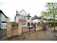 SPACIOUS FIVE BEDROOM DETACHED HOME IN BRONDESBURY, NW6 - £1200PW - CALL US NOW