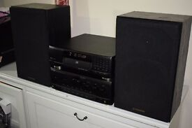 KENWOOD Amplifier A-45 and DP-950 CD Player _HI FI_ SEPARATES with Pioneer speakers S-Z72