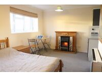 Studio Flat for rent in Tadcaster - first floor / self-contained / rural outlook
