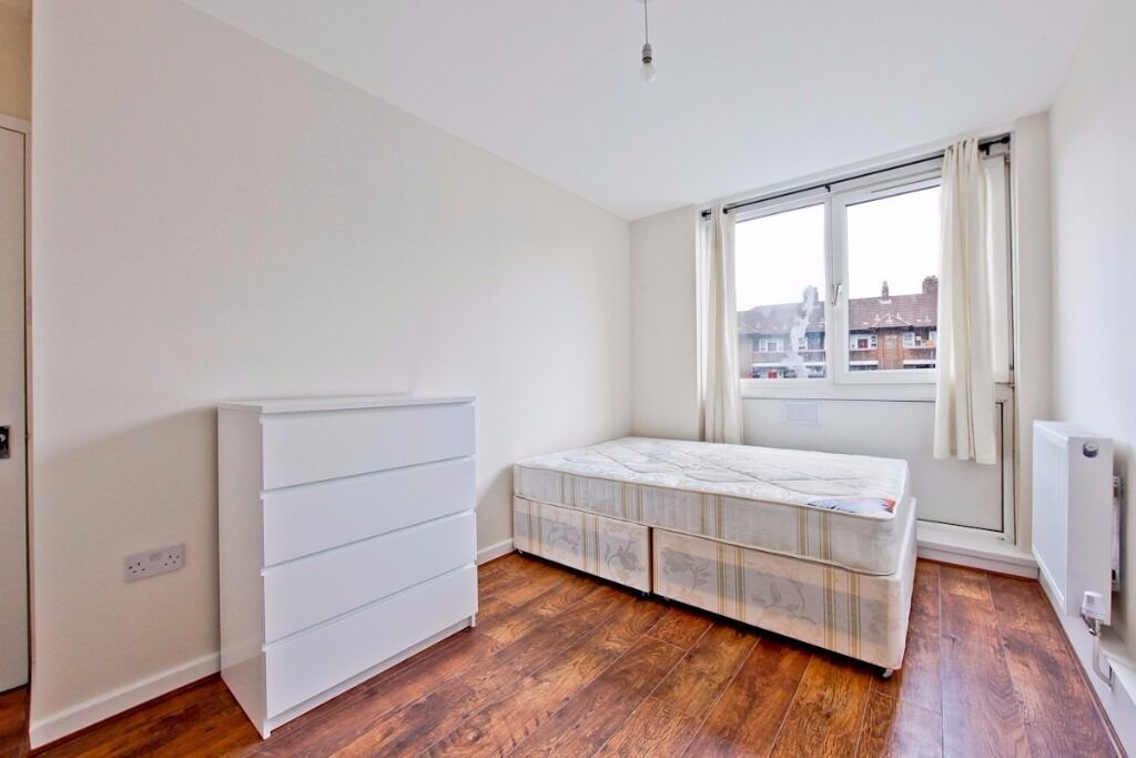 KINGS COLLEGE - CLICK HERE 4 DOUBLE BED 2 BATH SET OVER 2 FLOORS FURNISHED-SE1