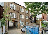TWO DOUBLE BEDROOM WAREHOUSE CONVERSION MOMENTS FROM CHALK FARM STATION!