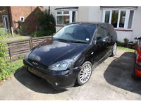 Breaking - Ford Focus ST170 - Many parts available.