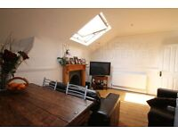 !!LOOK!! TOP FLOOR [2 BED FLAT]. COMMUNAL GARDEN. CLOSE TO STATION. SW2 GREAT LOCATION.