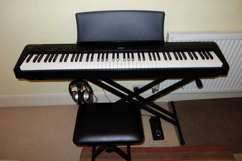 Kawai ES110 digital piano with stand, bench, sustain pedal and headphones |  in Cambridge, Cambridgeshire | Gumtree