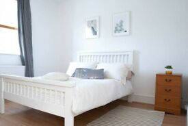 3 bed maisonette with private garden in Holloway. Fully Furnished.